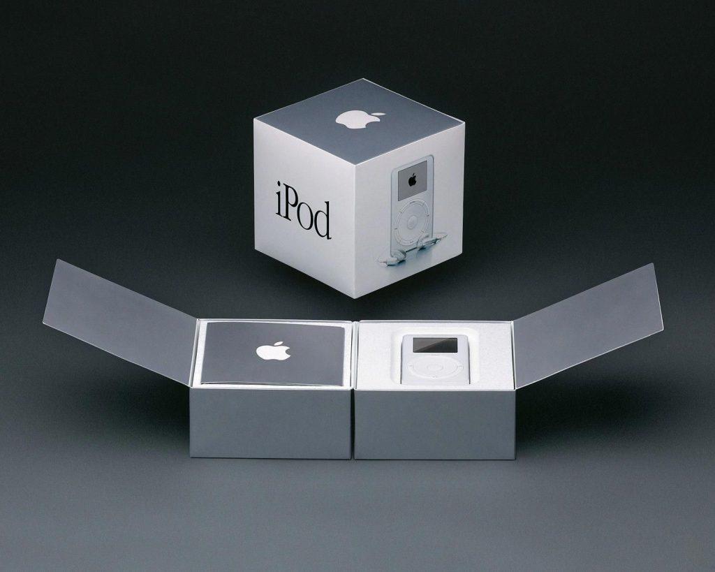 iPod Classic Box (2002)